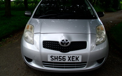 Toyota yaris T2 998cc 2006 £1999